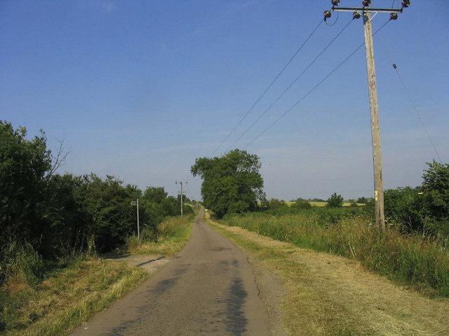 Road to Petsoe Manor Farm