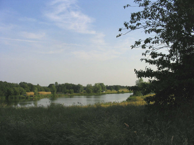 Fishing lakes - Little Linford