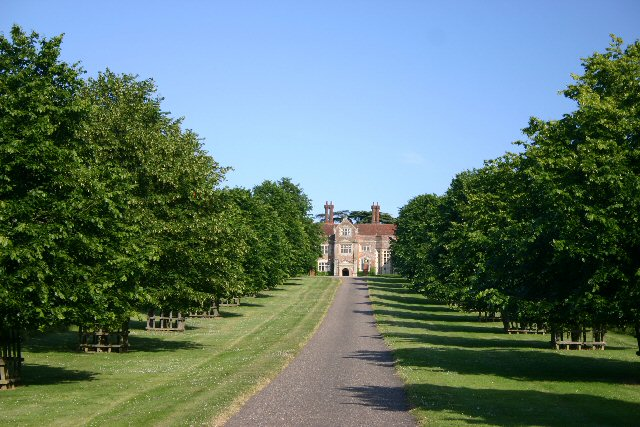 Driveway to Coldham Hall