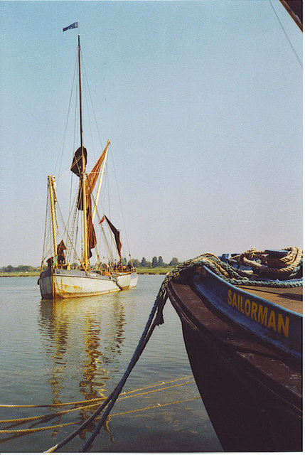 Thames barge manoeuvring in the River Blackwater at Maldon