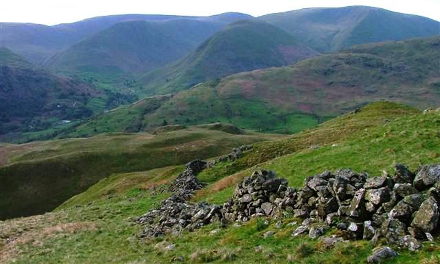 Ruined Wall, Descent to Trough Head From Birks