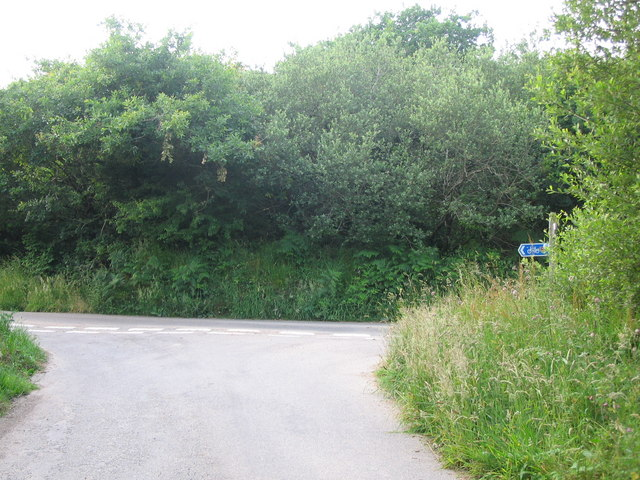 Road junction on Cycle Route 3.