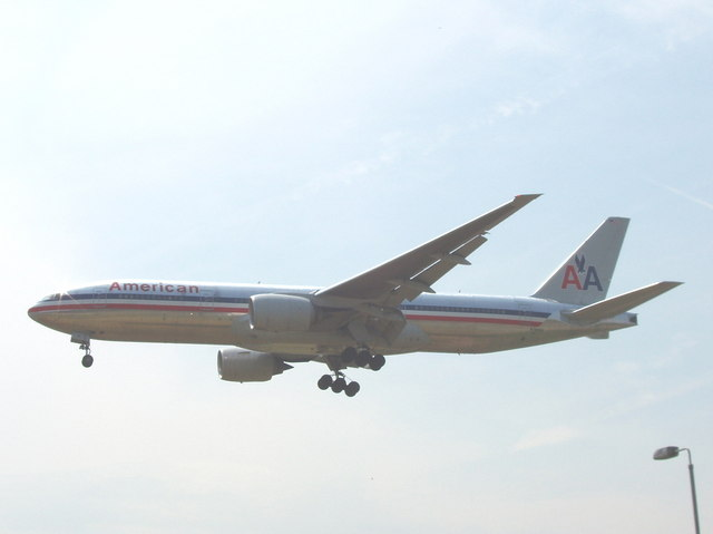 American airliner lands at Heathrow