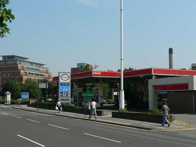 Esso Petrol Station, Meadow Lane, Leeds