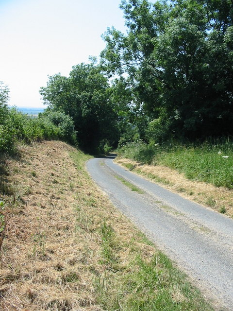 Lane leading to A170 near Ebberston