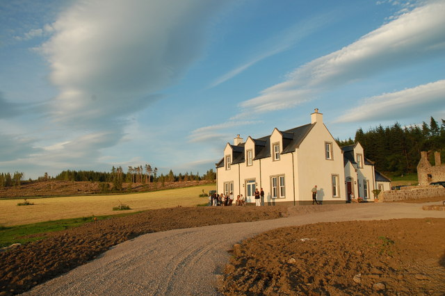 Gownie House overlooking the River Spey