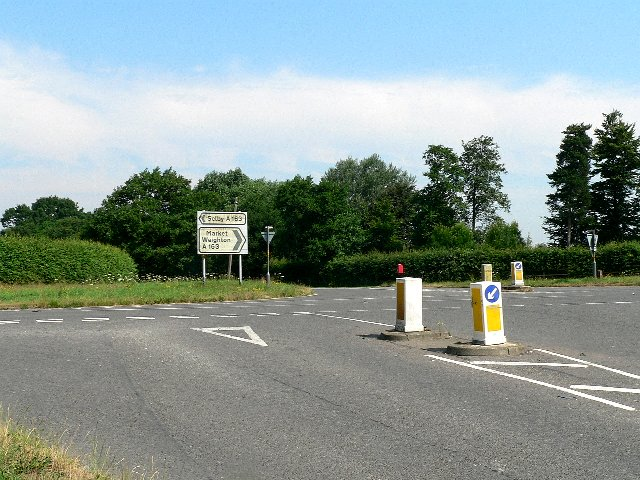 Crossing of the Cliffe to Skipwith Road and the A163