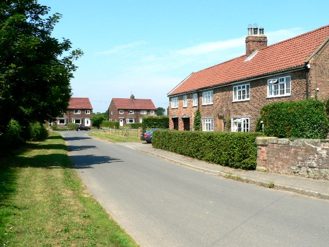Houses in Little Skipwith