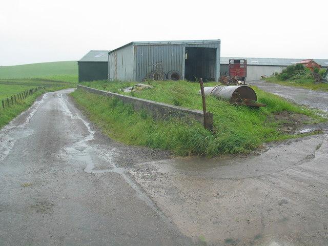 Drum Farm buildings by Kilkenzie.
