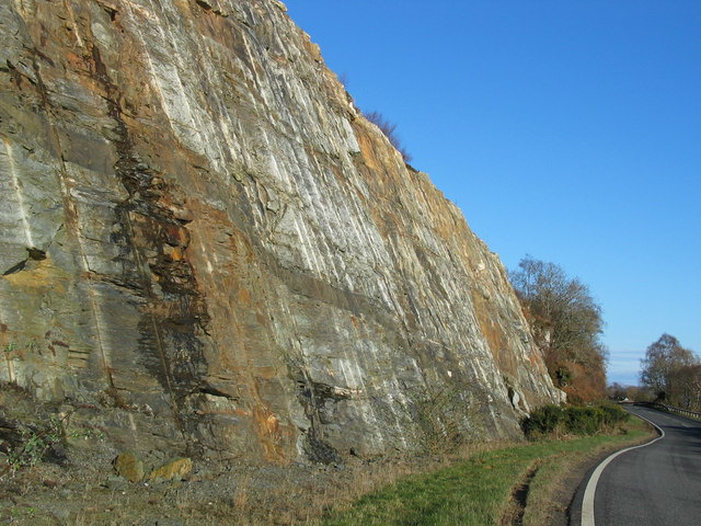 Rockface by the A83 north of Erines.