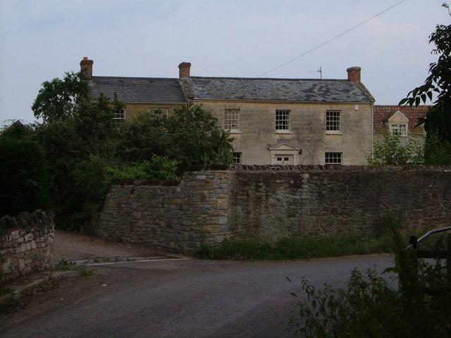 Brook Farm, Newport