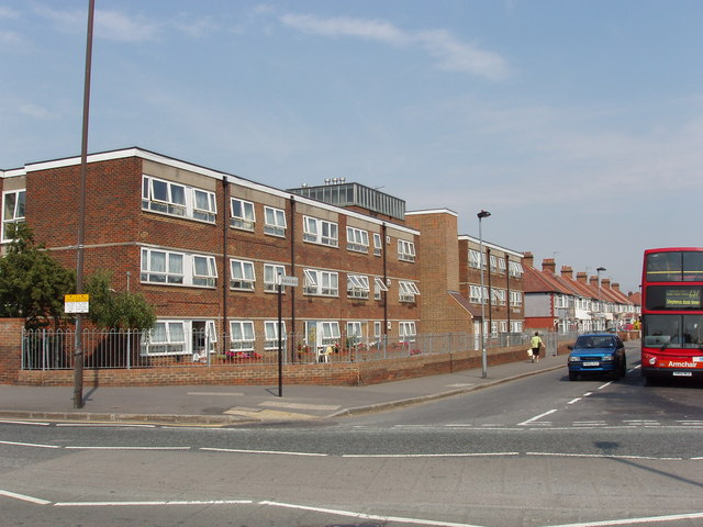 Flats in Barrack Road, Hounslow