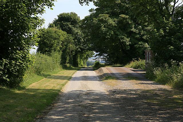Drive & weighbridge at Faulstone Down Farm