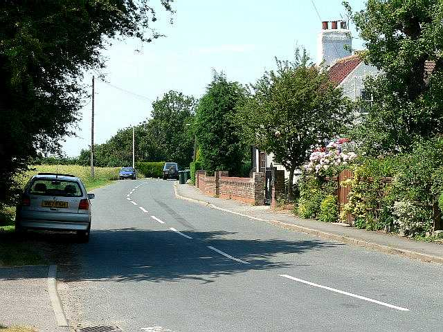 Moor Lane leaving South Duffield
