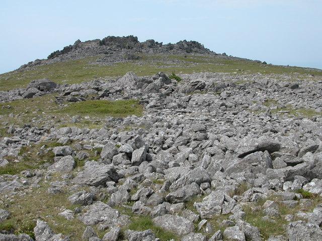 Summit crags, Mynydd Graig Goch