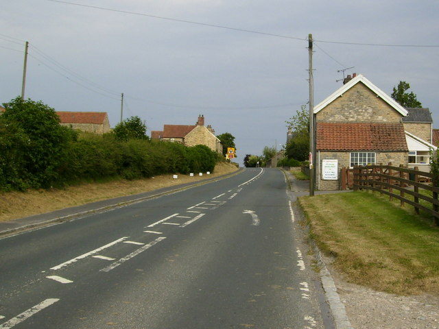Entering Wilton from Thornton-le-Dale direction