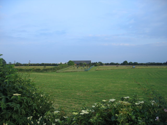 View towards Starveall Barn