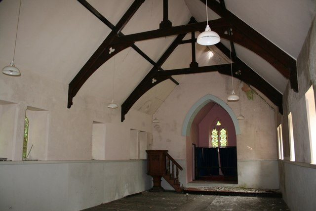 Goginan church interior