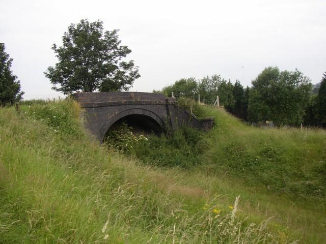 Bridge over disused railway, Hopton, Mirfield