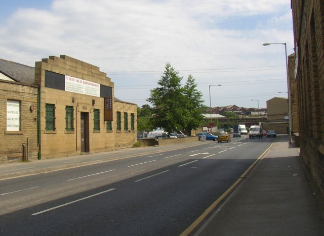 1930s architecture, Huddersfield Road, Ravensthorpe