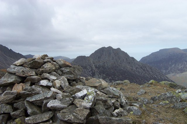 Y Foel Goch summit cairn
