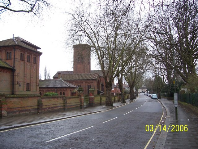 Golders Green Crematorium, Hoop Lane