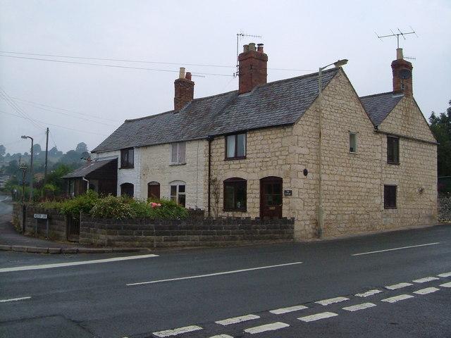 Cottages in Cashes Green