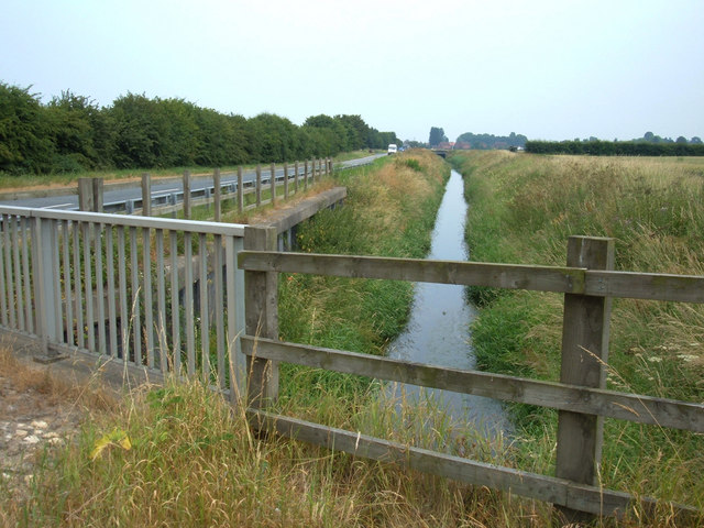 Bishop Dike, Tile Bridge
