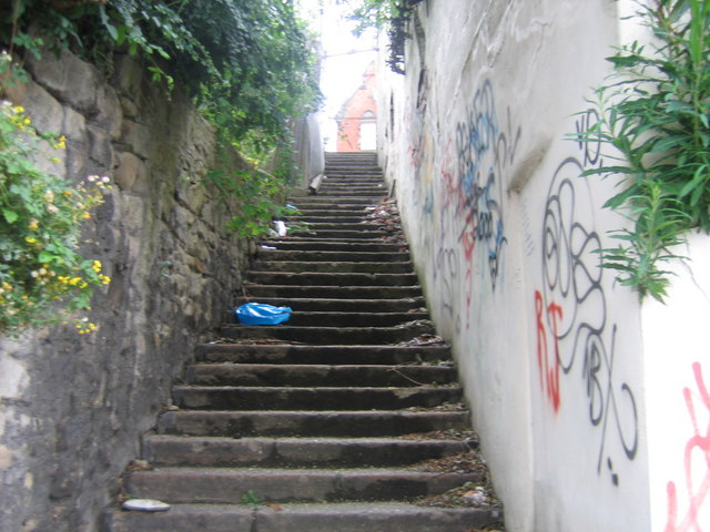 Steps Between Maling Street and Ford Street