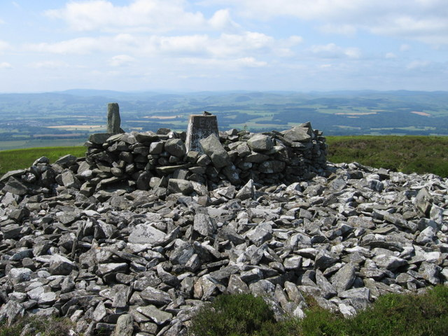 Bellybought Hill trig point S7984