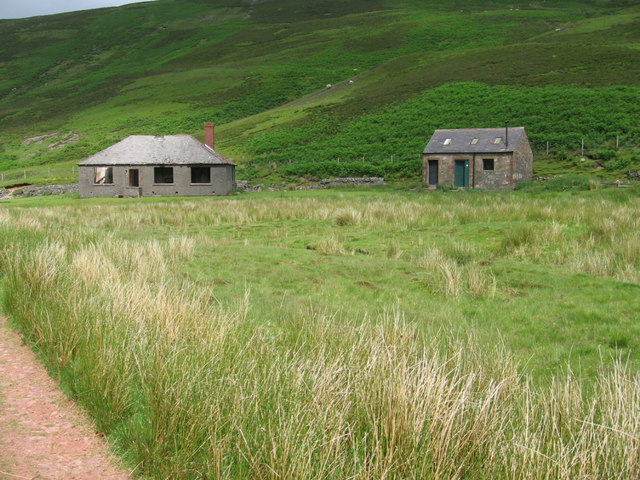 Bothy and Derelict cottage at Kettletonhead