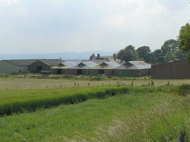Blairnathort farm buildings
