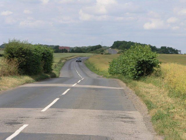 Short Hedges and Bends