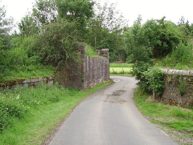 Bridge buttress, Waverley Line
