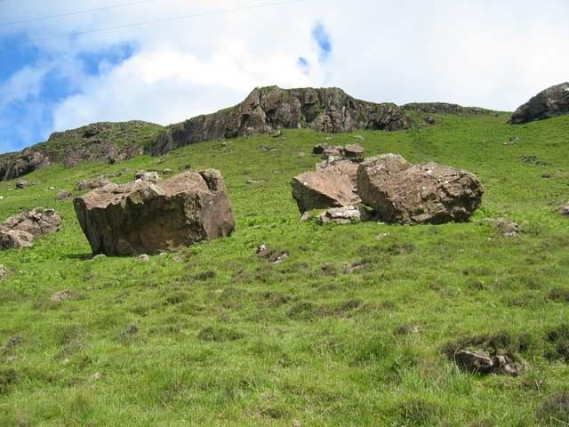 Boulders near Gribun