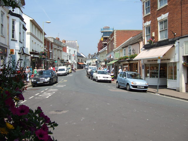 Shopping area just off the seafront, Sidmouth.