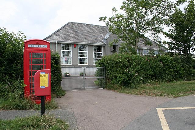 Sourton: Boasley Cross Community Primary School