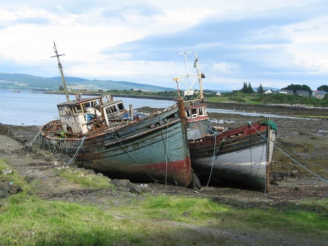 Boats at the old pier, Salen