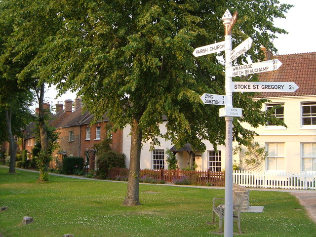 Queen Square, North Curry