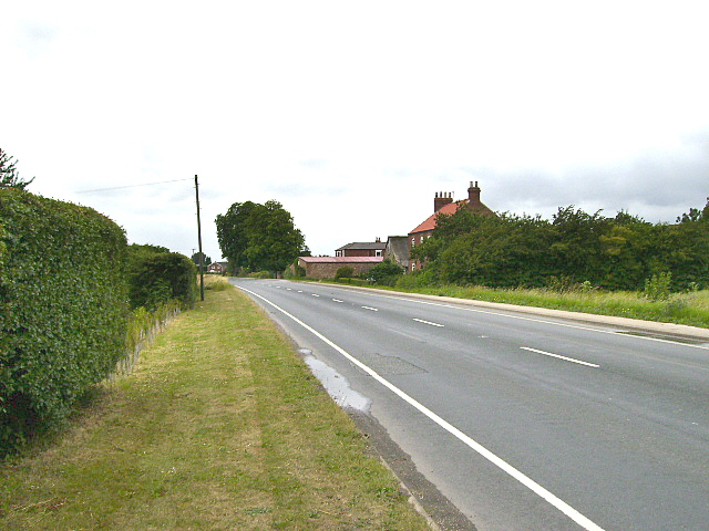 The B1230 road near Wallingfen House Farm