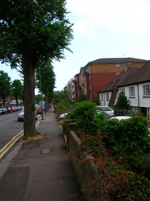 Amber Court, Holland Road