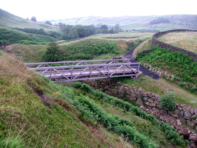 Bridge over Turnhole Clough.