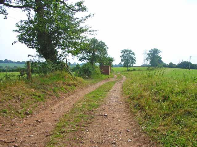 Farm road near Cotwalton