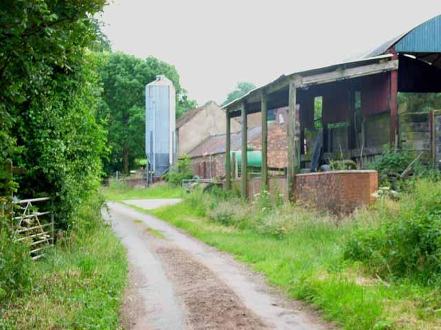 Barn and silo near Fulford