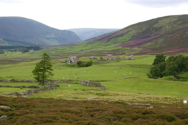 West Bank - Glen Esk