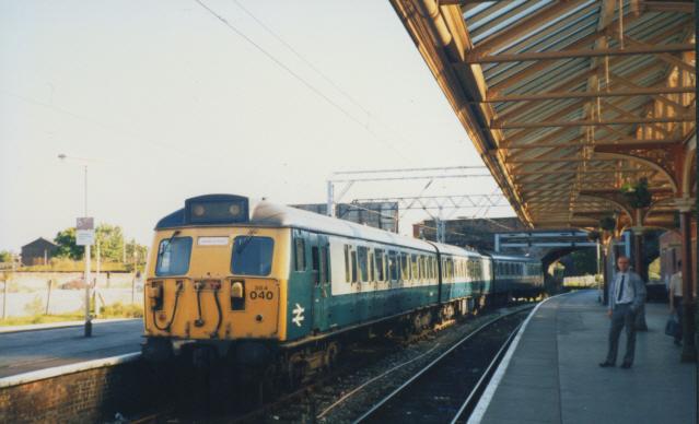 BR multiple unit at Altrincham station