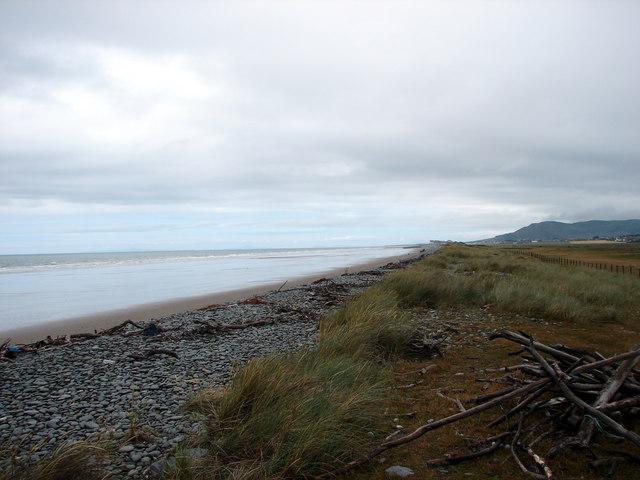 Beach and foreshore, near Tywyn