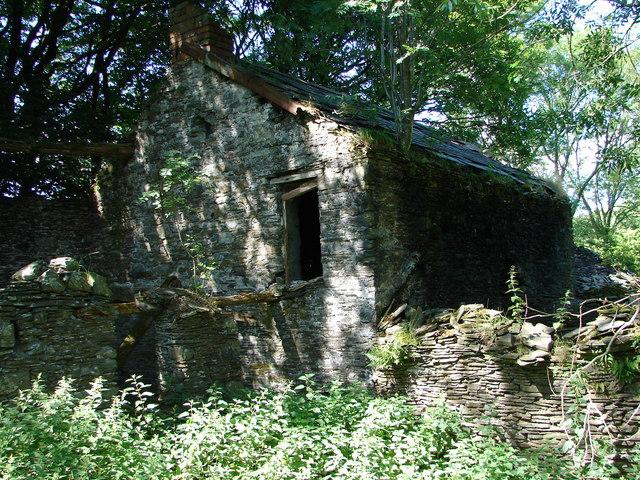 Derelict House, Bwa-drain farm