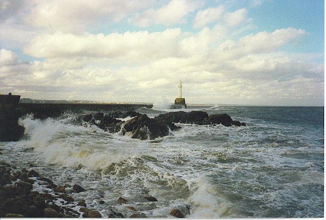 Rough Seas at the South Breakwater.
