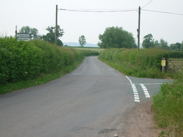 Road junction at Lower Hayton